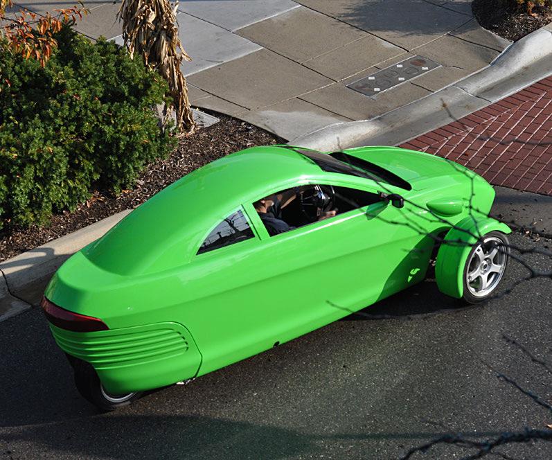 The $6,800, 84 MPG Elio | DudeIWantThat.com