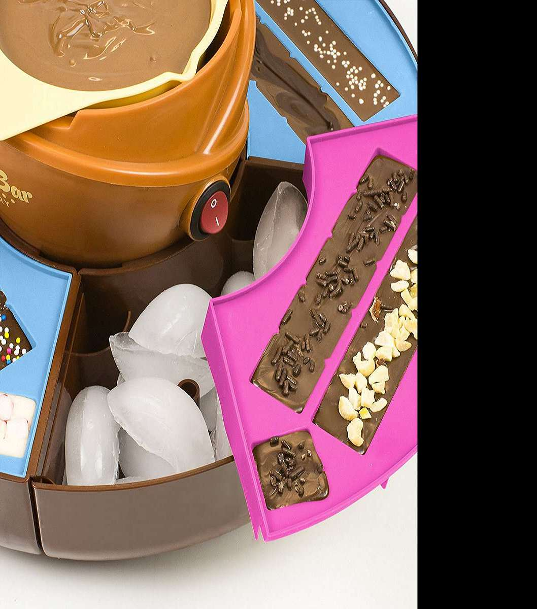 Chocolate Candy Bar Maker | DudeIWantThat.com