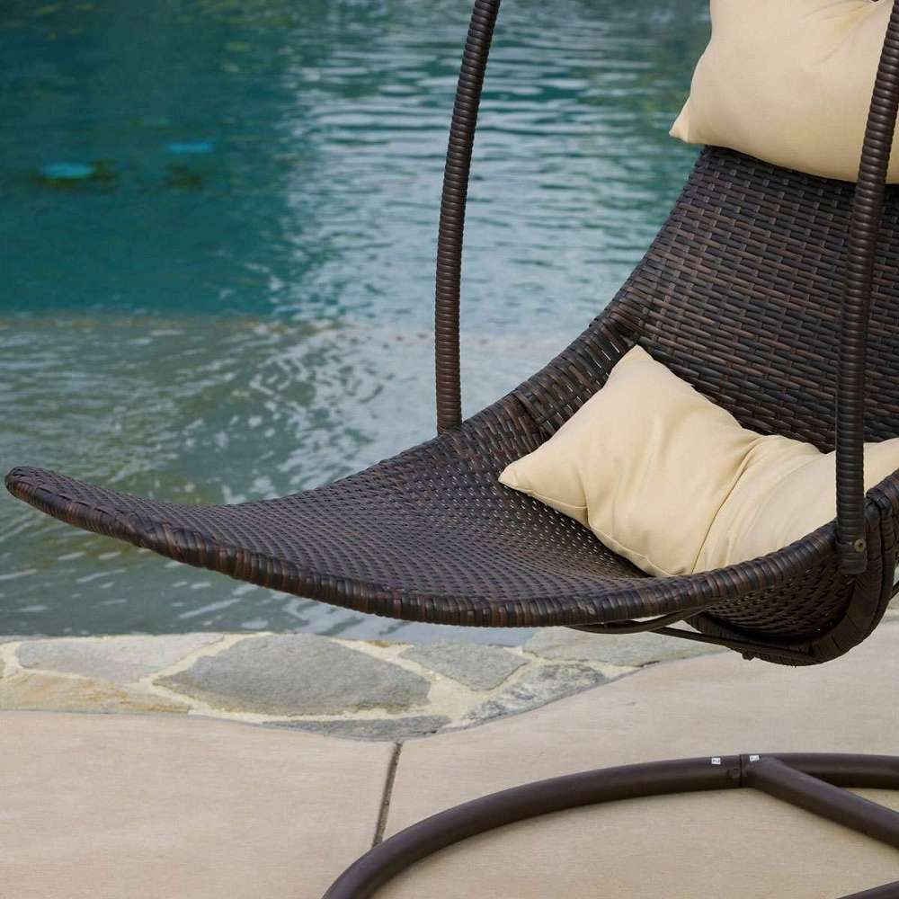 ... Outdoor Hanging Swing Chair