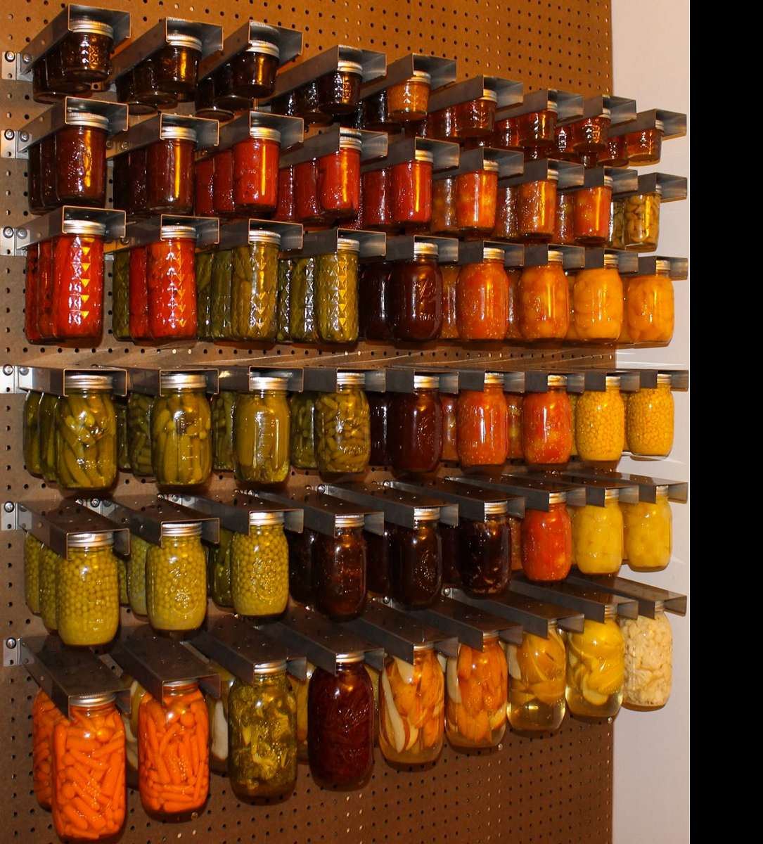 Exceptionnel ... Mason Jar Storage Racks