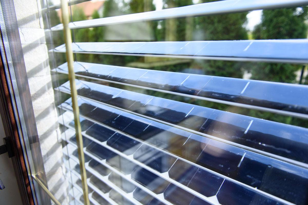 Solargaps Solar Panel Window Blinds Dudeiwantthat Com