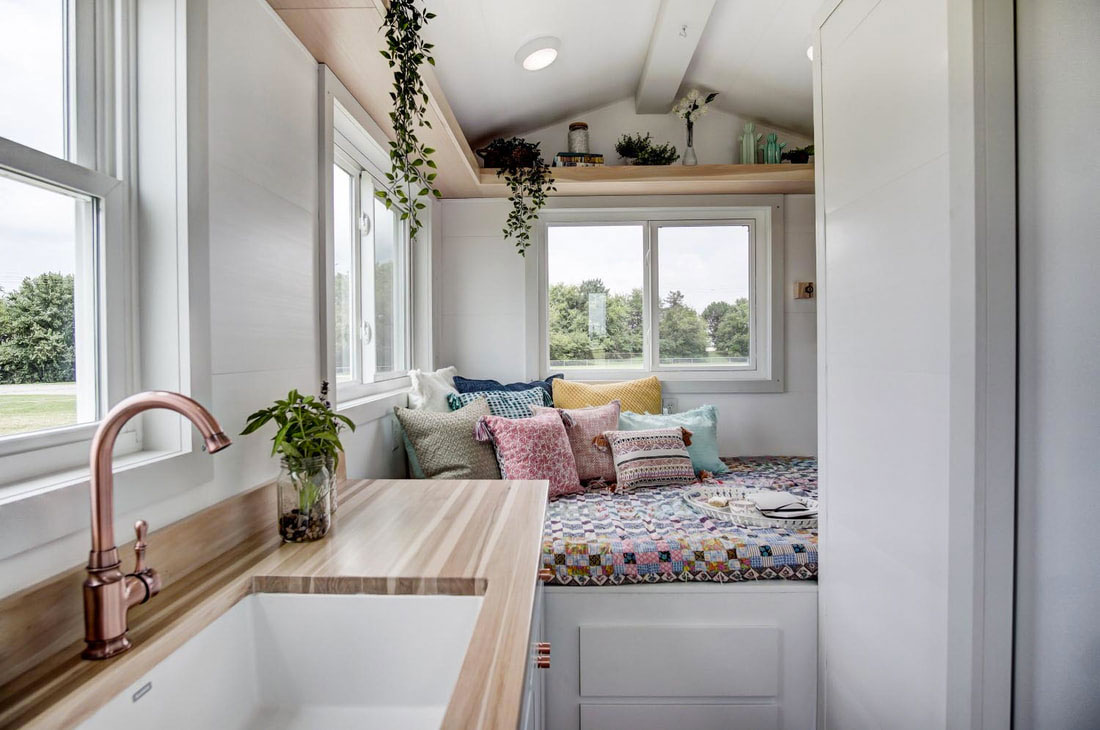 micro home.  The Nugget Micro Home DudeIWantThat com