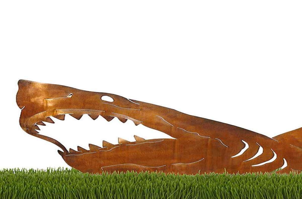 Land Shark Sculpture Dudeiwantthat
