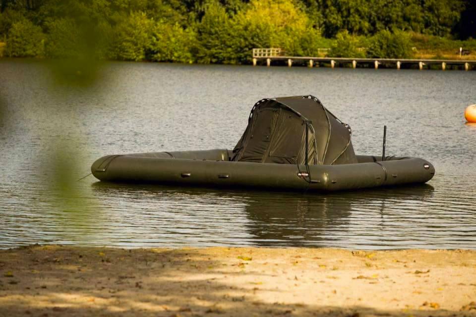 ... Raptor Platform XL Fishing Boat ... & Raptor Platform XL Fishing Boat | DudeIWantThat.com