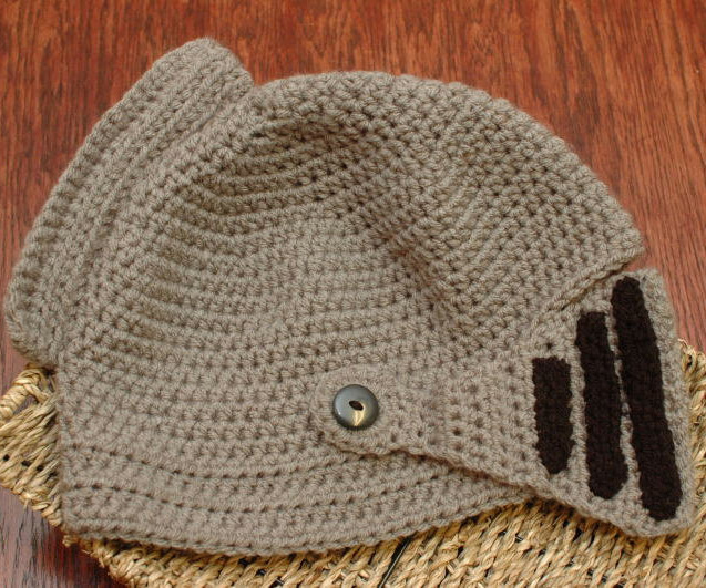 ed8d58cd Crocheted Knight Helmet | DudeIWantThat.com