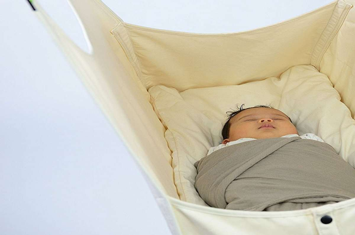 Medium image of     hushamok okoa baby hammock