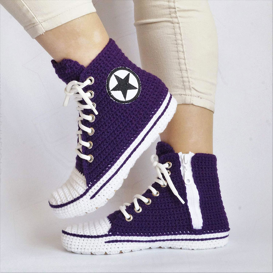 be0a1cb0385388 ... Crochet Converse Slippers ...