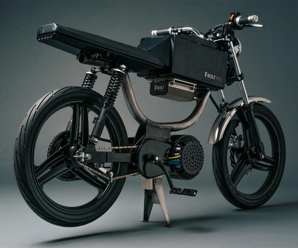 Lithium Ion Battery >> Bolt M-1 Electric Motorcycle | DudeIWantThat.com