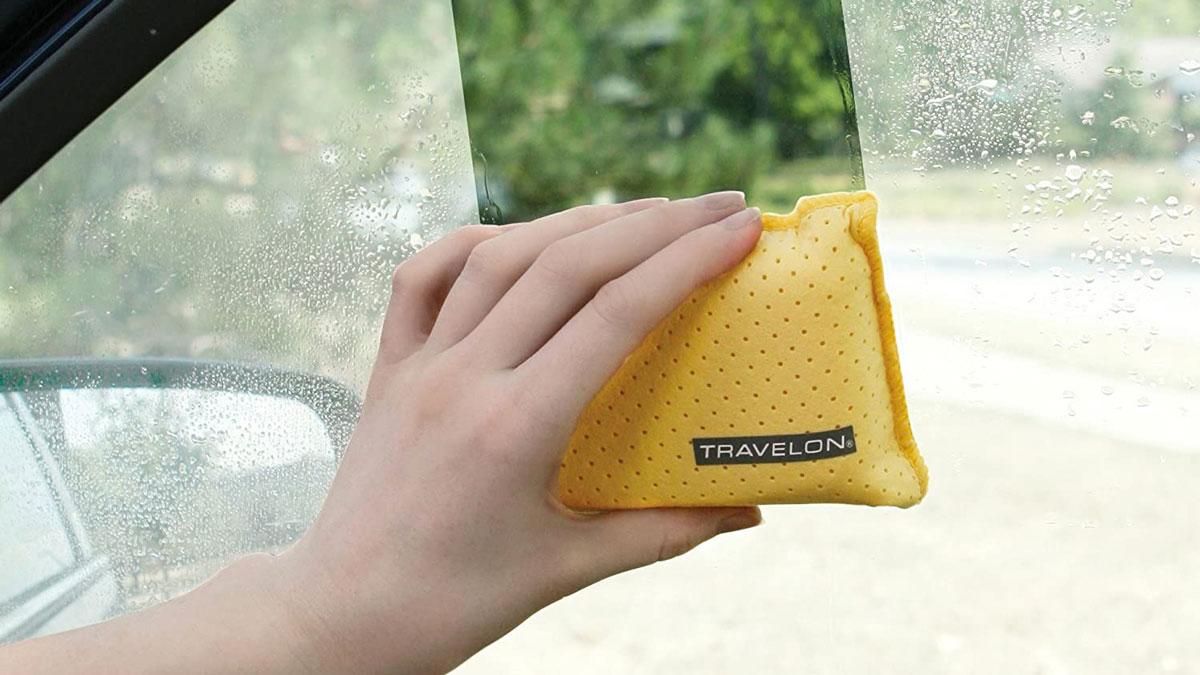 Travelon Windshield Cleaner & Defogger