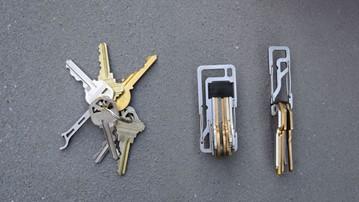 Key Titan Carabiner Keychains