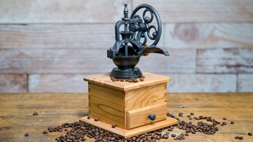 Rosewell Woodworking Salt, Pepper & Coffee Grinders