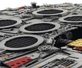 LEGO Star Wars Millennium Falcon 2017