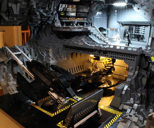 LEGO Bat Cave | DudeIWantThat.com