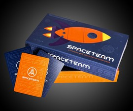Spaceteam Shouting Card Game