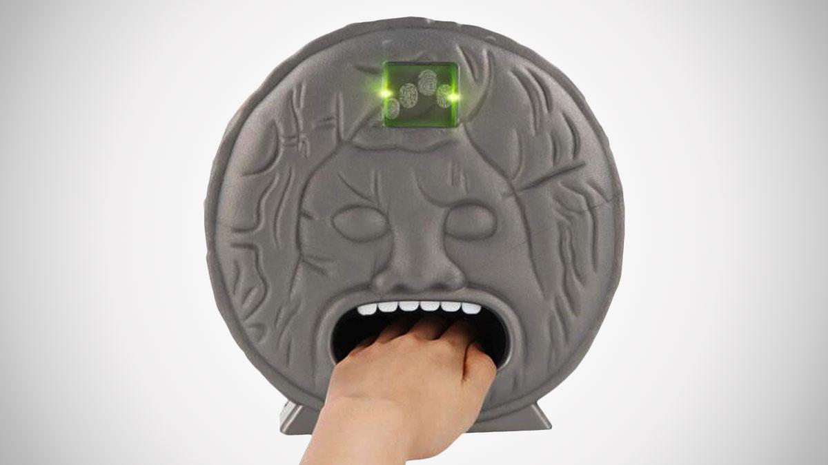 Shocking & Biting Lie Detector Game