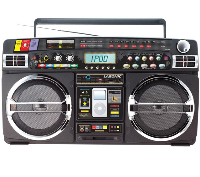 Ghetto Blaster With iPod / iPhone Dock