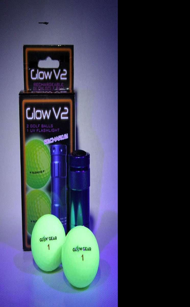 Glow-in-the-Dark Golf Balls | DudeIWantThat.com