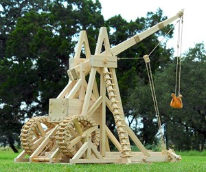 Stirling Warwolf Trebuchet