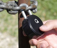 Quicklock Bluetooth & NFC Padlock