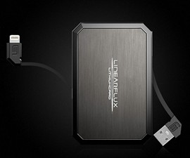 LithiumCard Wallet Battery with Smartphone Charger