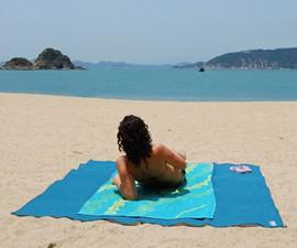 Quicksand Sand-Wicking, Waterproof Beach Mat