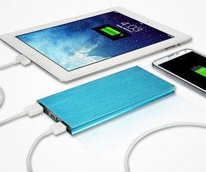 Power Vault 18,000mAh Portable Battery Pack