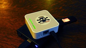 PirateBox DIY Anonymous Network