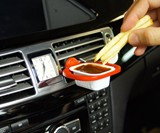 Saucemoto In-Car Dip Clip