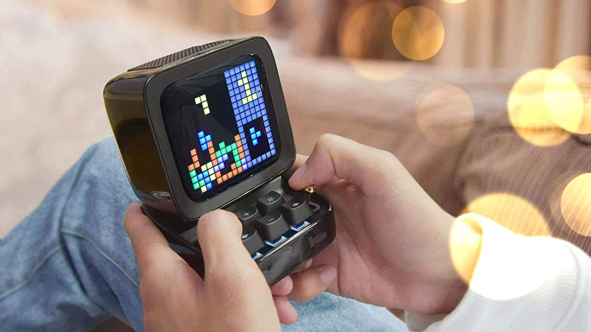 Divoom Ditoo Retro Pixel Art Game & Bluetooth Speaker