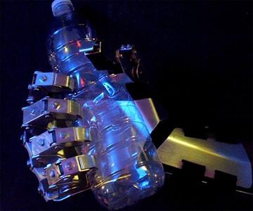 Exo-Gauntlet - Gas Powered Exoskeleton