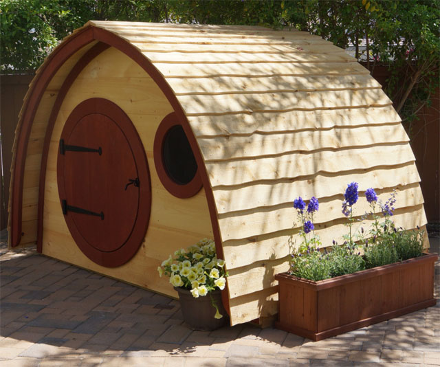 Hobbit hole pet play houses for How to build a hobbit hole playhouse