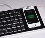 Dual iPhone-PC Keyboard