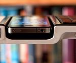 Omnio WOW-KEYS iPhone Dock Keyboard - Profile View