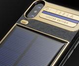 iPhone Xs Tesla - Solar-Powered Phone