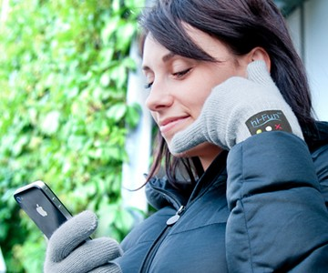 hi-Call Bluetooth Talking Glove