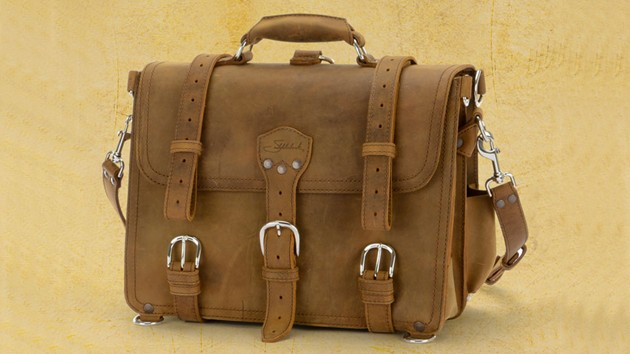 Giveaway: Saddleback Leather Classic Briefcase