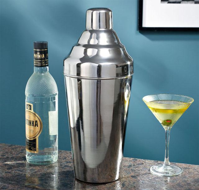 Sasquatch Cocktail Shaker   DudeIWantThat.com