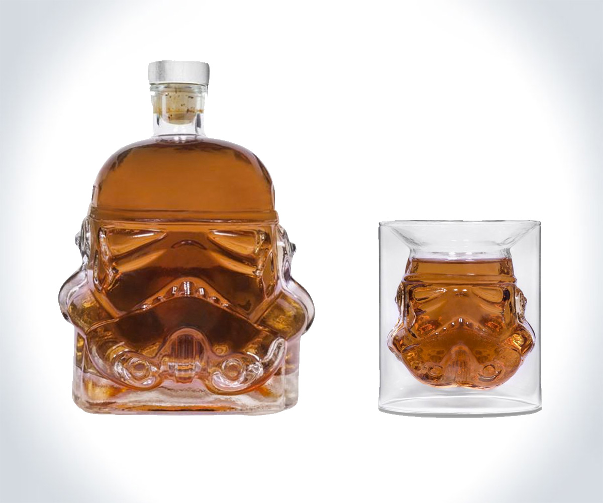 stormtrooper whiskey decanter shot glass. Black Bedroom Furniture Sets. Home Design Ideas
