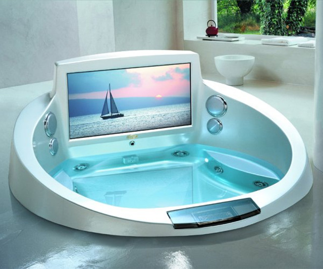 Jacuzzi Entertainment System | DudeIWantThat.com