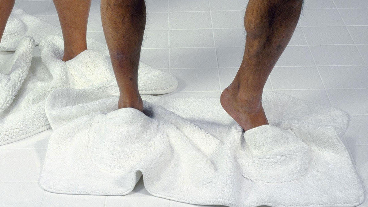 Mat Walk - Bathmat with Built-in Slippers