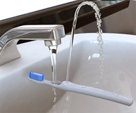 Rinser - The Water Fountain Toothbrush