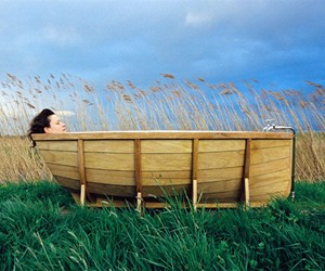 Viking Boat Bathtub