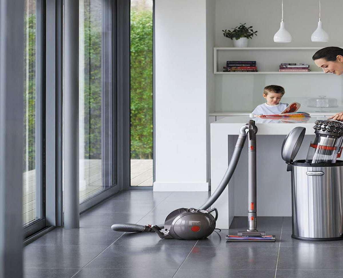 Dyson Cinetic Big Ball Self Righting Vacuum