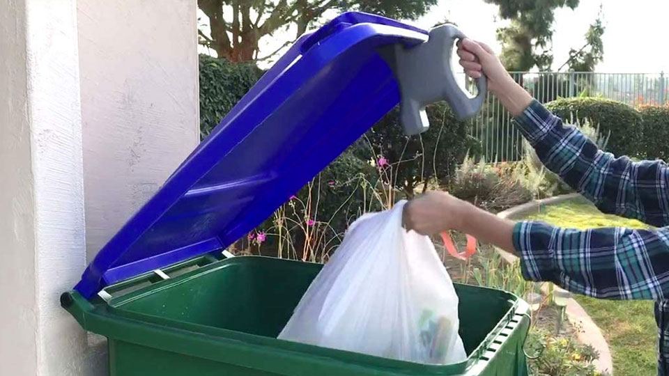 Lid-L-Buddy Touch-Free Trash Can & Dumpster Opener