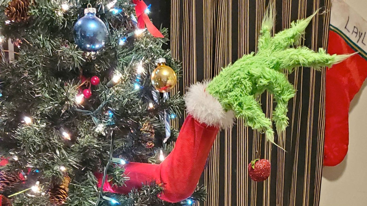 Grinch Christmas Tree Decoration Ornament Holder Dudeiwantthat Com