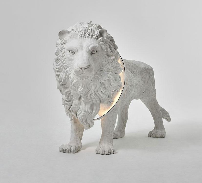 Lion X Floor Light