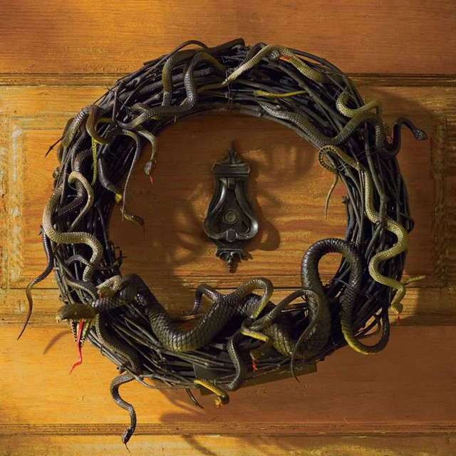 Animated Snake Wreath