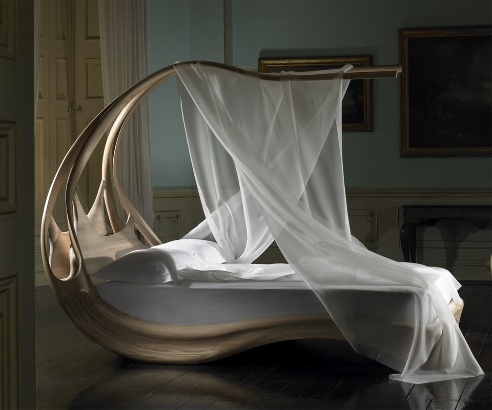 Perfect Enignum Wooden Canopy Bed | DudeIWantThat.com CK35