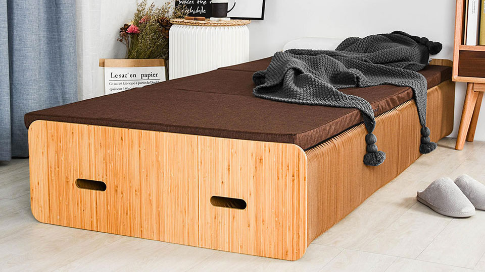 Paper Bed - Extendable Flat Pack Cardboard Bed