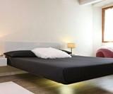 Fluttua Floating Bed